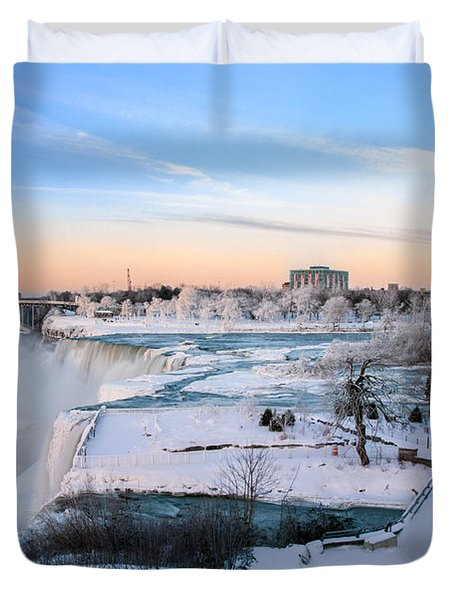Niagara Falls 3d22213 Duvet Cover by Guy Whiteley
