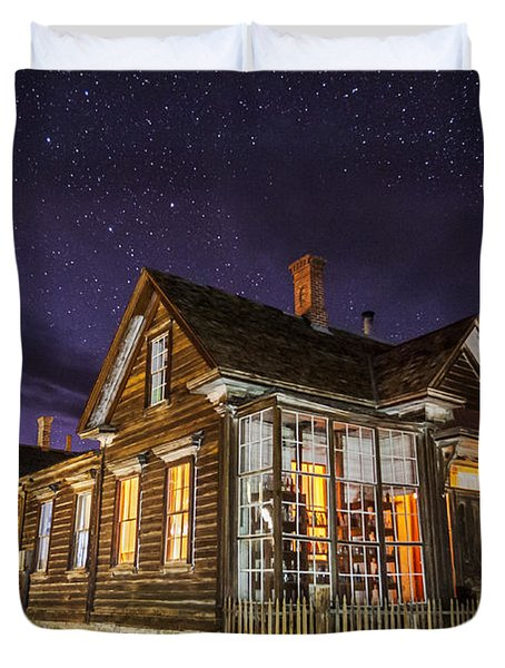 Night At The Cain House Duvet Cover
