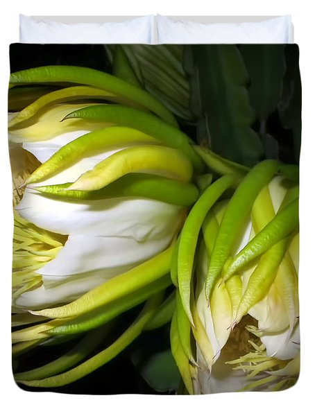 Night Blooming Cereus 31 Duvet Cover