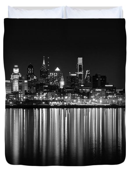 Nightfall In Philly B/w Duvet Cover