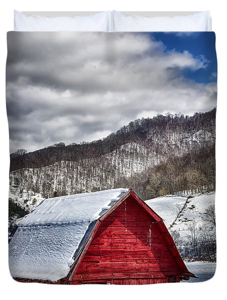 North Carolina Red Barn Duvet Cover by John Haldane