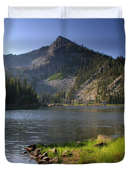 North Face Of Jughandle Mountain Duvet Cover