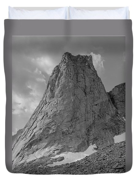 109649-bw-north Face Pingora Peak, Wind Rivers Duvet Cover