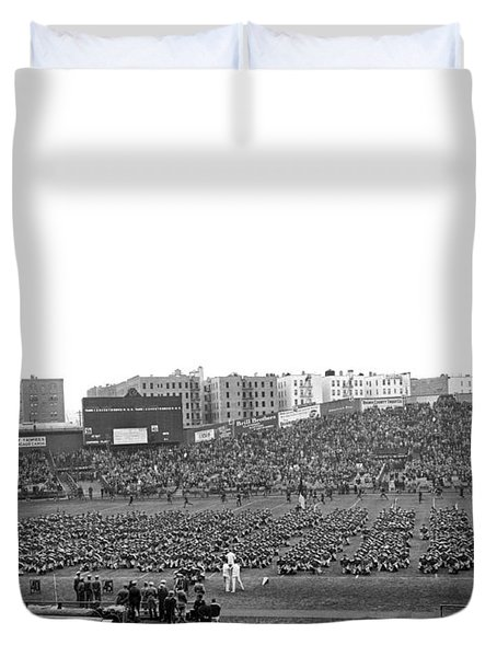 Notre Dame-army Football Game Duvet Cover by Underwood Archives