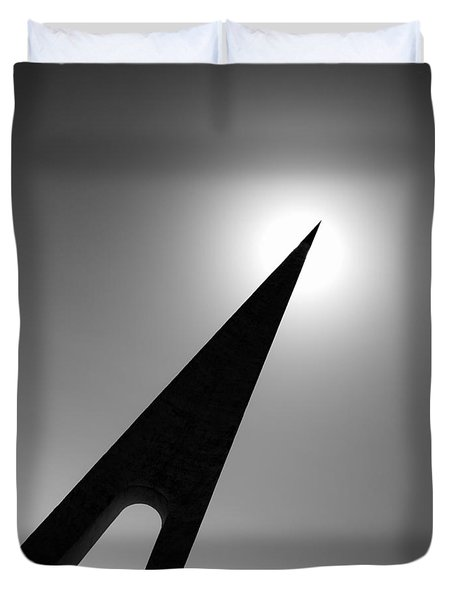 Nungesser And Coli Monument Duvet Cover by Dave Bowman