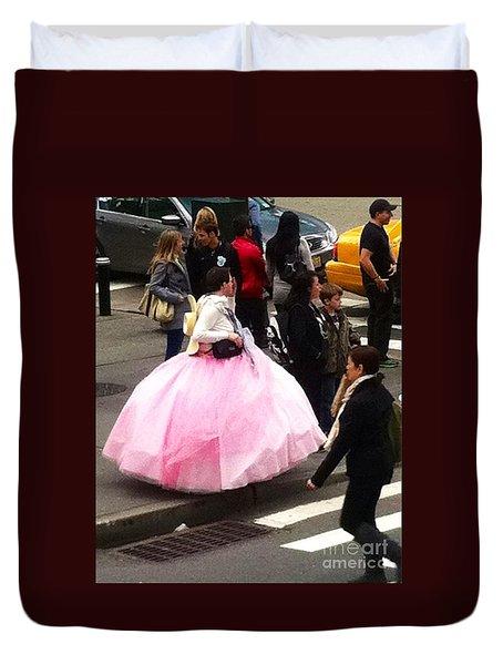 Nyc Ball Gown Walk Duvet Cover by Susan Garren