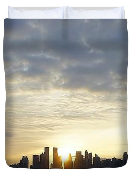 Nyc Sunrise Panorama Duvet Cover by Lilliana Mendez