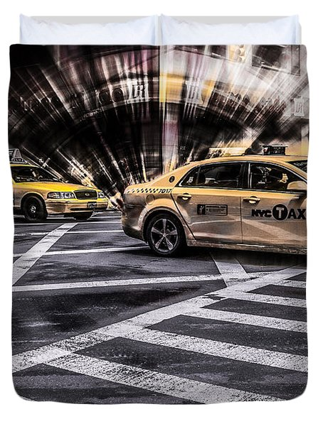 Nyc Yellow Cab On 5th Street - White Duvet Cover