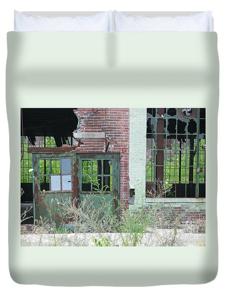 Duvet Cover featuring the photograph Obsolete by Ann Horn