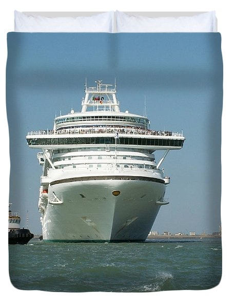 Ocean Liner And Boat Duvet Cover by Evgeny Pisarev