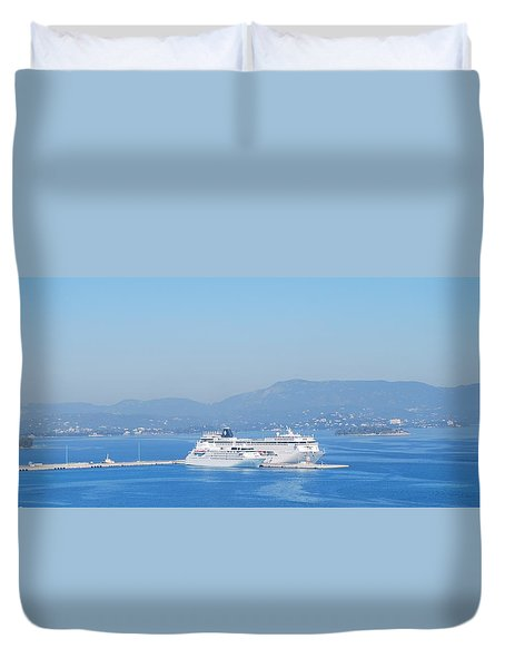 Ocean Liners In Corfu Duvet Cover