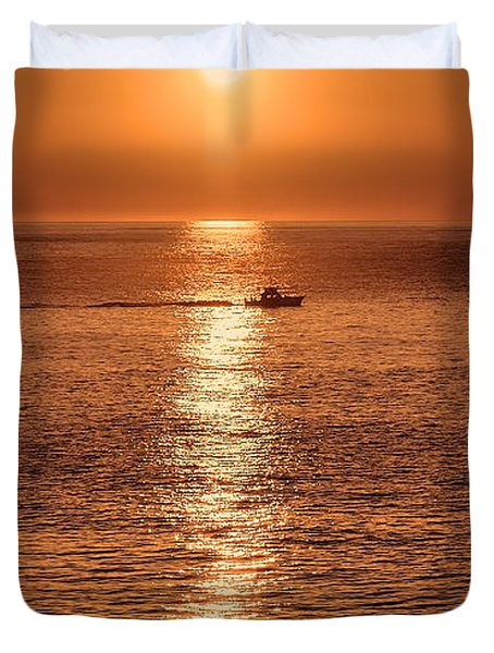 Ocean Sunrise At Montauk Point Duvet Cover