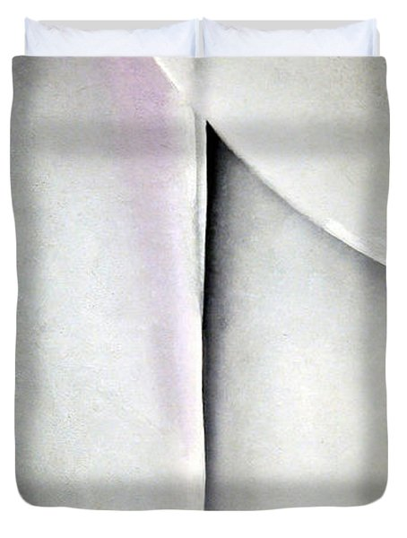 O'keeffe's Line And Curve Duvet Cover