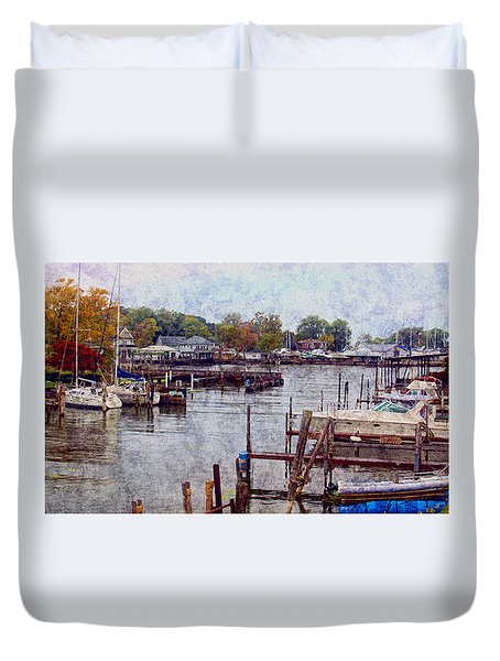 Duvet Cover featuring the photograph Olcott by Tammy Espino