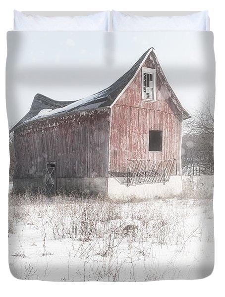 Old Barn - Brokeback Shack Duvet Cover by Gary Heller