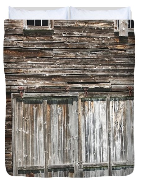 Old Barn In Maine Duvet Cover by Keith Webber Jr