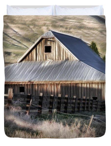 Old Barn Duvet Cover by Steve McKinzie