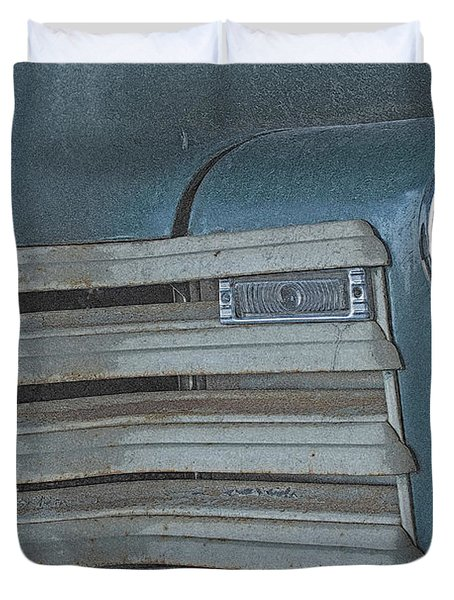 Duvet Cover featuring the photograph Old Blue by Lynn Sprowl