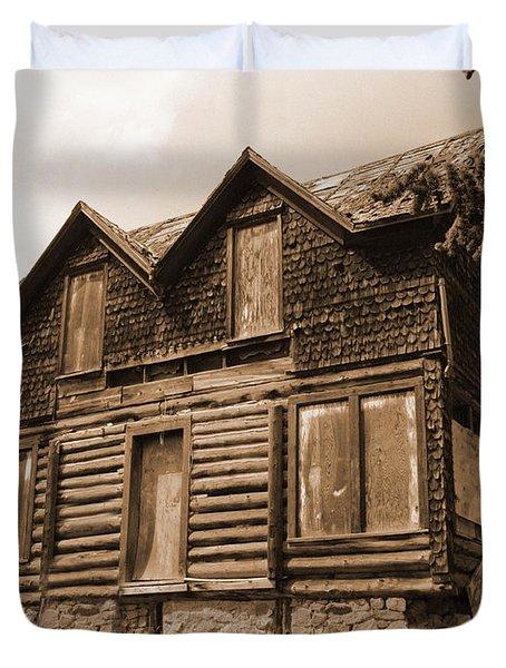Old Cripple Creek Cabin Duvet Cover
