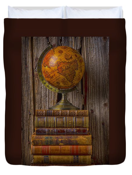 Old Globe On Old Books Duvet Cover by Garry Gay