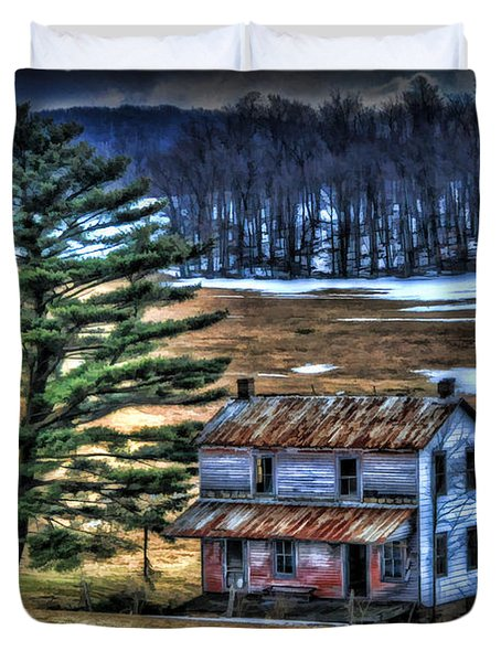 Old Home Place Beside Pine Tree Duvet Cover by Dan Friend