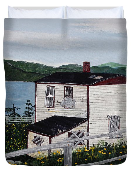 Old House - If Walls Could Talk Duvet Cover by Barbara Griffin
