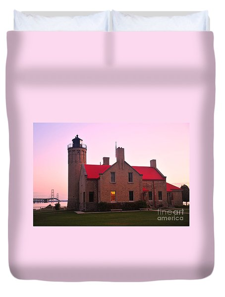 Duvet Cover featuring the photograph Old Mackinac Point Lighthouse by Terri Gostola