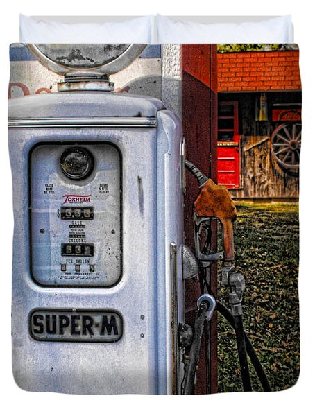 Old Marathon Gas Pump Duvet Cover