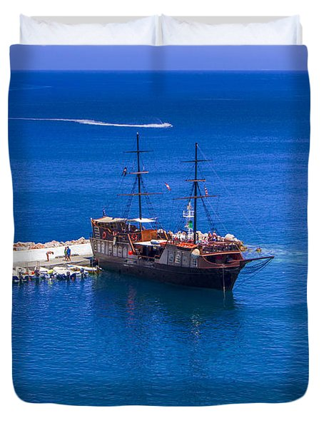 Old Sailing Ship In Bali Duvet Cover