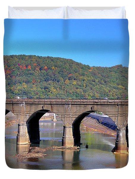 Old Stone Bridge - Johnstown Pa Duvet Cover