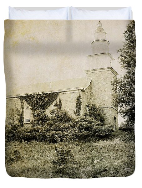 Old Stone Church In Rhinebeck Duvet Cover