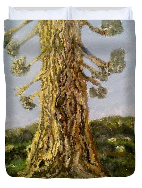 Old Tree In Spring Light Duvet Cover
