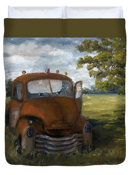 Old Truck Shreveport Louisiana Wrecker Duvet Cover