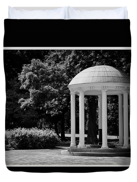 Old Well At Unc Duvet Cover