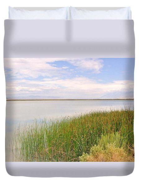 Duvet Cover featuring the photograph On Shore by Marilyn Diaz