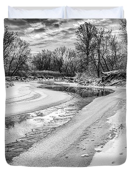 Duvet Cover featuring the photograph On The Riverbank Bw by Garvin Hunter