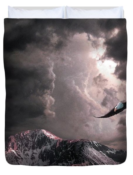 On Wings Of Eagles Duvet Cover
