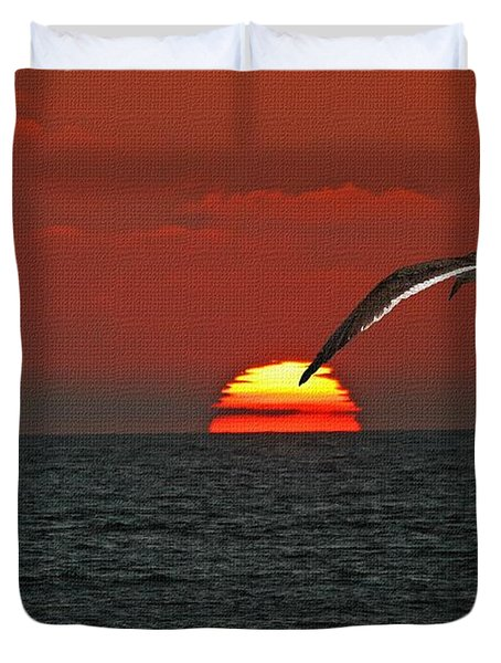 Duvet Cover featuring the photograph One Black Skimmers At Sunset by Tom Janca