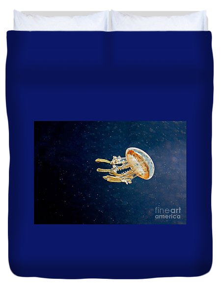 One Jelly Fish Art Prints Duvet Cover