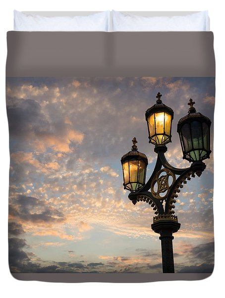 One Light Out - Westminster Bridge Streetlights - River Thames In London Uk Duvet Cover by Georgia Mizuleva