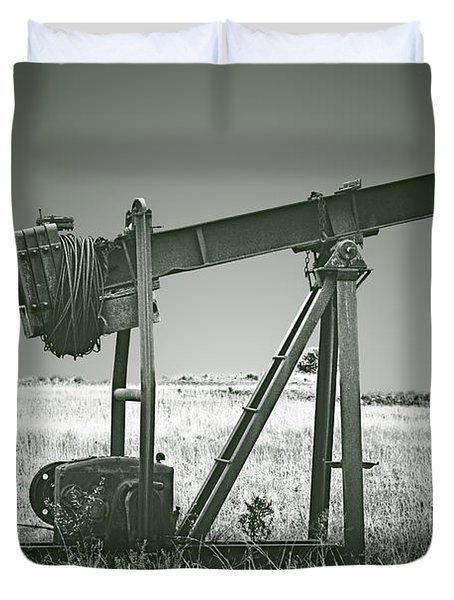 Orphans Of The Texas Oil Fields Duvet Cover by Christine Till