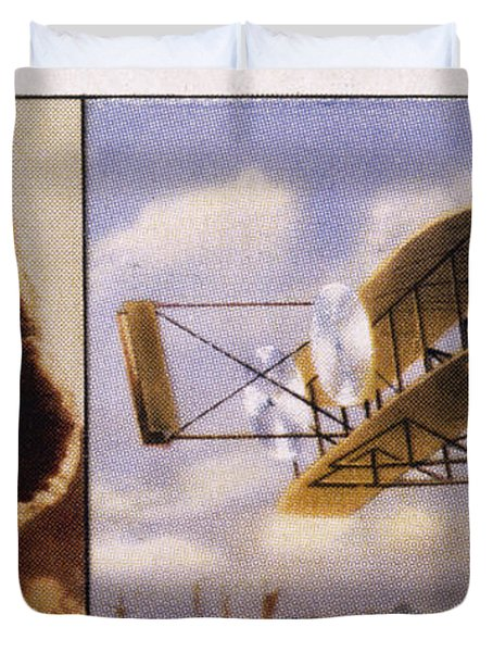 Orville Wright And Biplane Duvet Cover by Mary Evans Picture Library