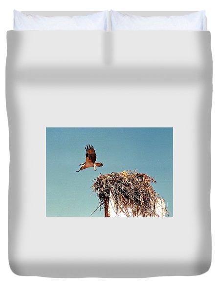 Osprey Duvet Cover by Phyllis Kaltenbach