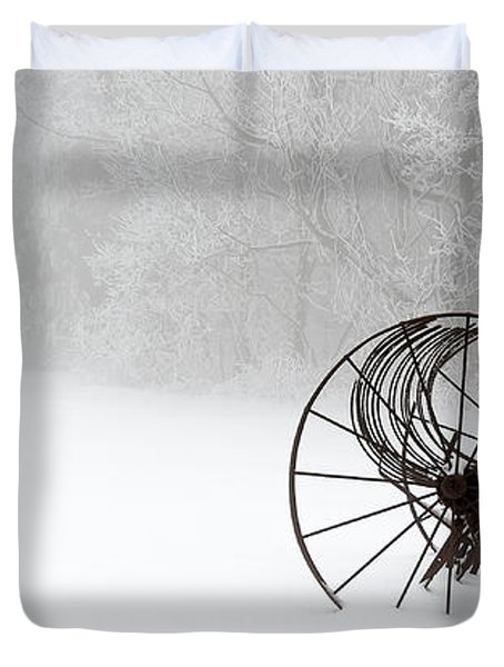 Out Of The Mist A Forgotten Era II Duvet Cover