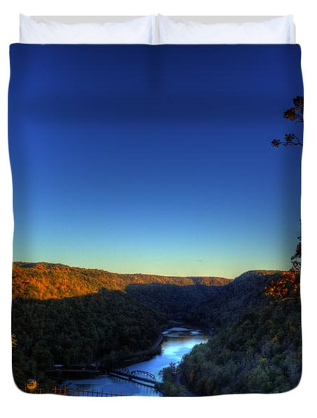 Duvet Cover featuring the photograph Overlook In The Fall by Jonny D