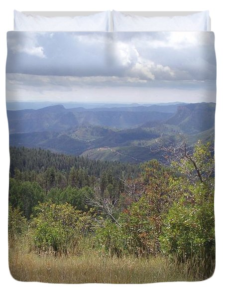 Duvet Cover featuring the photograph Overlook Into The Mist by Fortunate Findings Shirley Dickerson