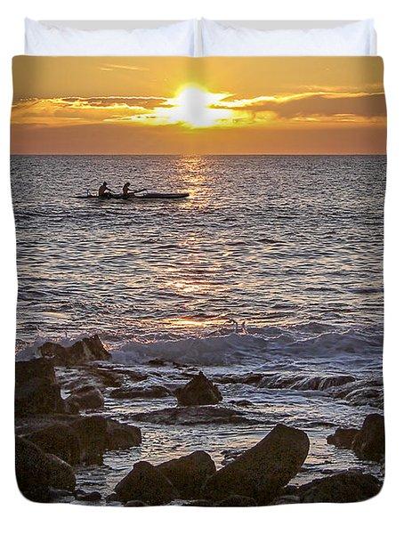Paddlers At Sunset Portrait Duvet Cover