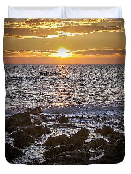 Paddlers At Sunset Portrait Duvet Cover