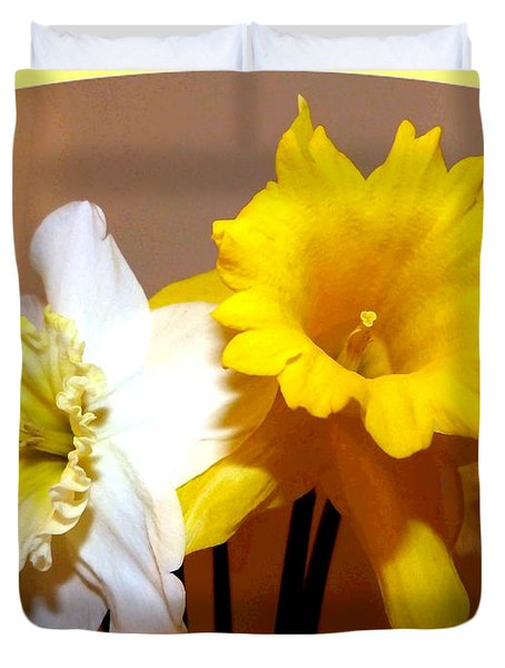 Painted Okanagan Daffodils Duvet Cover by Will Borden
