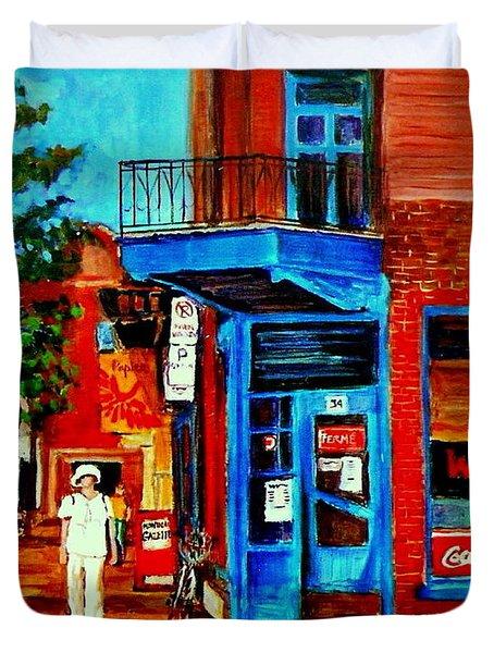 Paintings Of Montreal Memories Moe Wilenskys Famous Corner Deli  Montreal Spring City Scene Duvet Cover by Carole Spandau